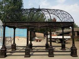 BEAUTIFUL CAST IRON OUTDOOR OR IN VICTORIAN STYLE GAZEBO - G